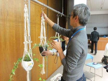 すむすむ アンバサダープログラム活動報告『石井佳苗さんとつくる お部屋を素敵に飾るマクラメ体験イベント』を開催しました。