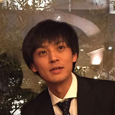 写真:新井 健